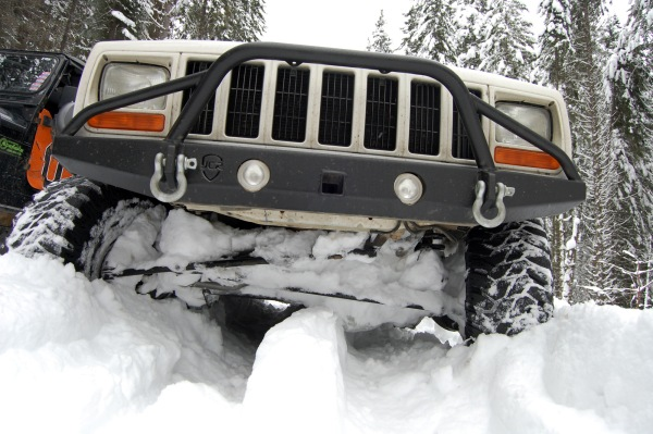 This axle was not meant to be a snowplow, but ...